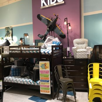 Bob S Discount Furniture 16 Reviews Furniture Stores