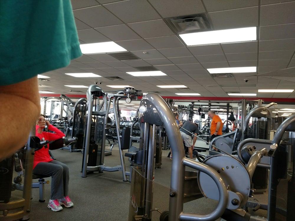 Just Fitness 24 7: 511 Lake Rd, Belton, TX