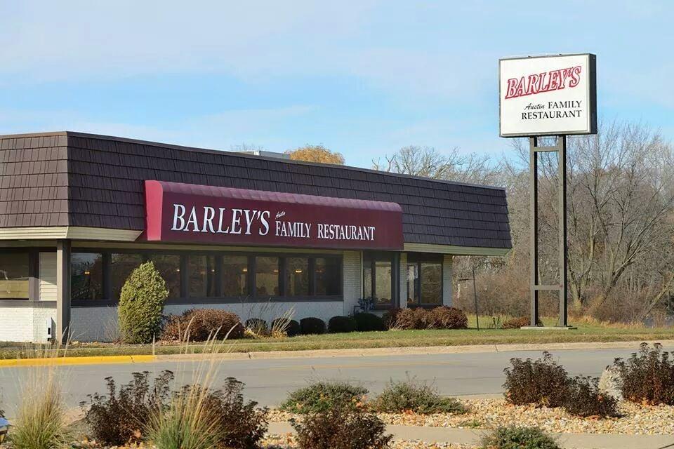 Barley's Austin Family Restaurant: 1207 N Main St, Austin, MN