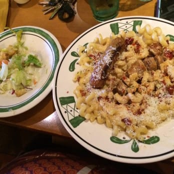 olive garden italian restaurant 15 photos 30 reviews italian 1498 w o ezell blvd