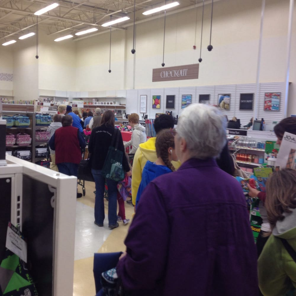 The line to pay on a saturday afternoon the line for for Joann craft store near me