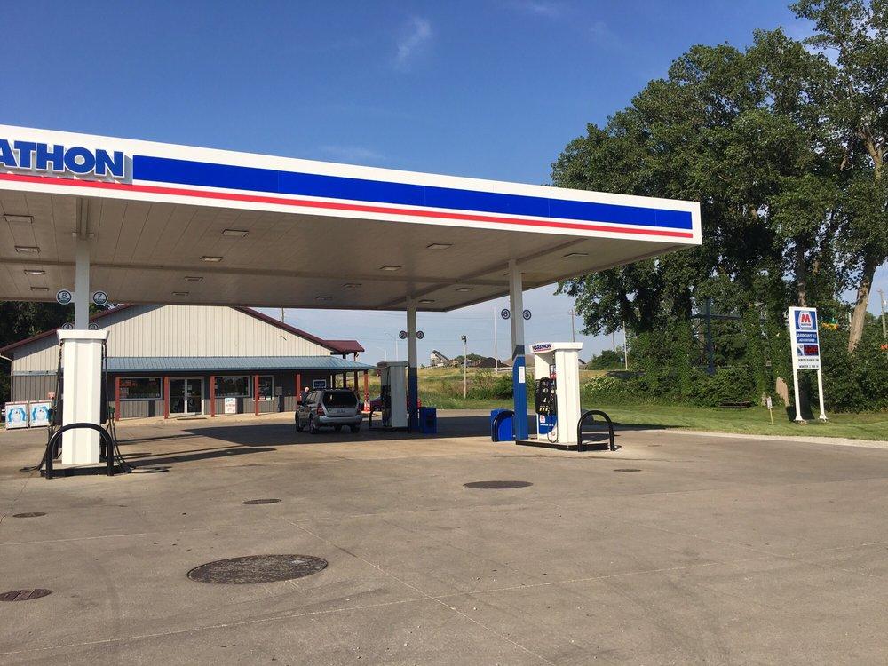 Arrows III & Tackle Too: 2888 State Road 25 N, Lafayette, IN