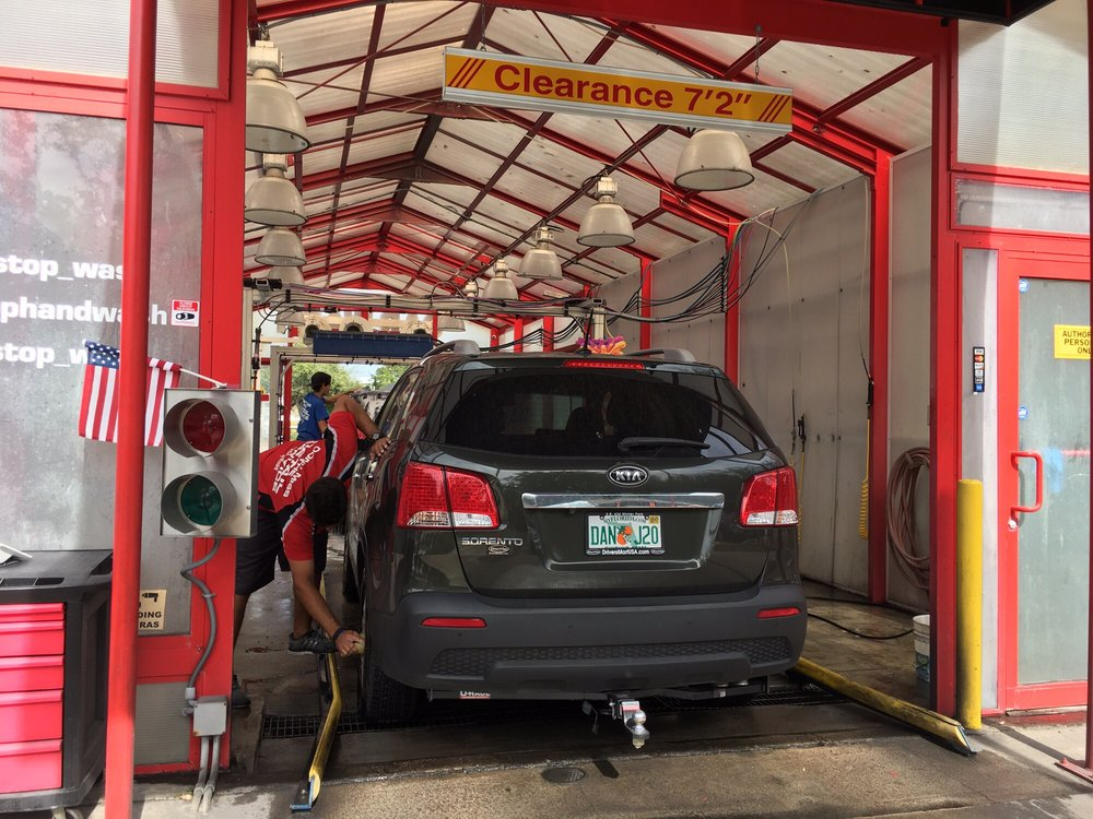 Hand Wash Car Wash >> Pit Stop Orlando Hand Car Wash 60 Photos 82 Reviews