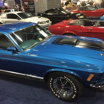 The Washington Auto Show Photos Reviews Festivals - Classic car show washington