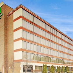 Photo Of Holiday Inn Hotel Suites Warren Mi United States