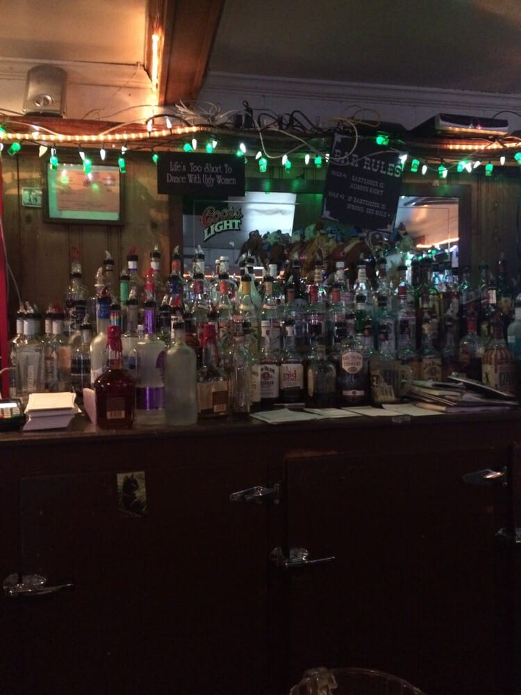 Blessing's Tavern: 1116 Watervliet Shaker Rd, Colonie, NY