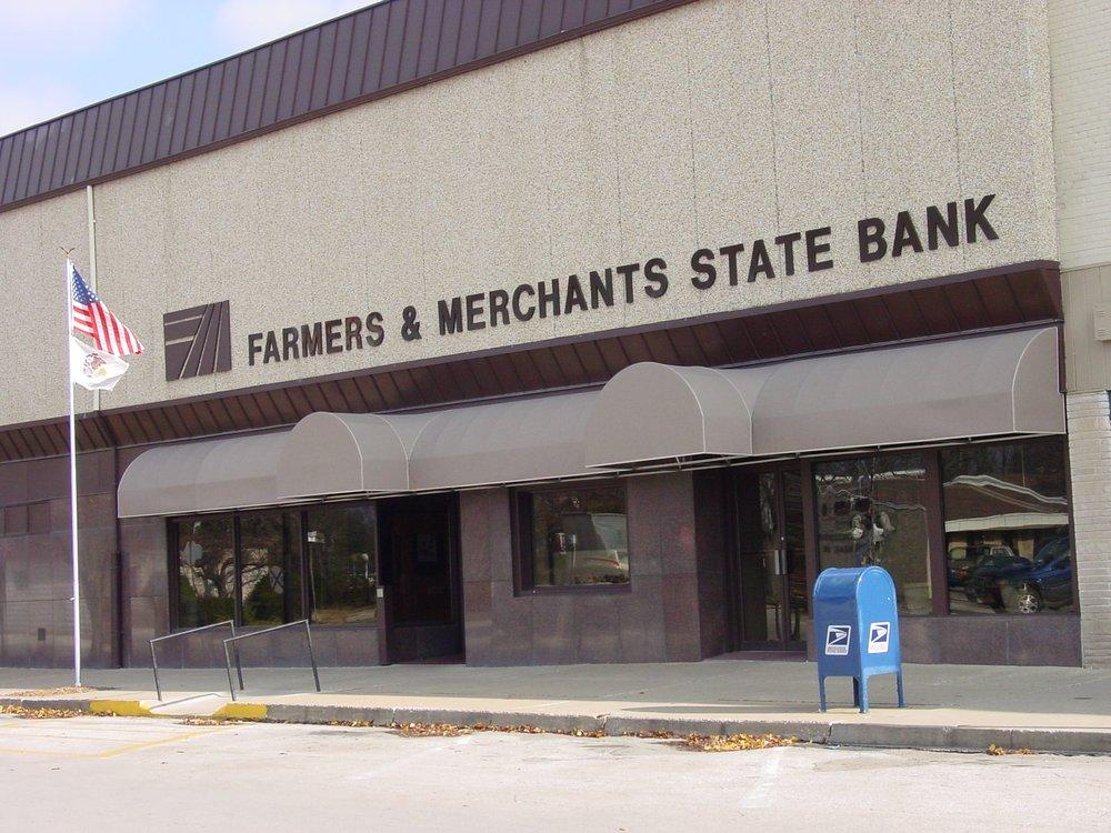 Farmers & Merchants State Bank: 484 E Main St, Bushnell, IL