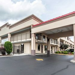 Photo Of Econo Lodge Lenoir City Tn United States
