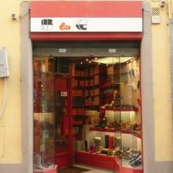 B & C Negozi di scarpe Via Romana 111R, Palazzo Pitti
