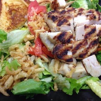 Blackened chicken salad zaxby 39 s for Zaxby s the house zalad garden