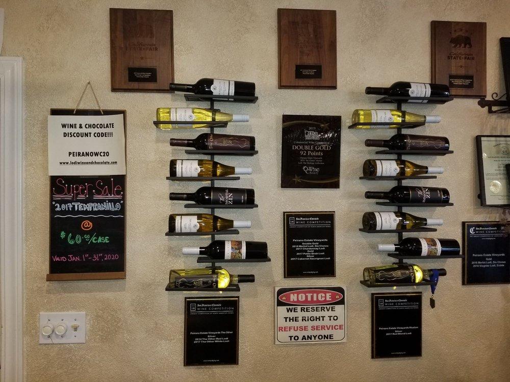 Peirano Estate Vineyards: 21831 N Hwy 99, Acampo, CA