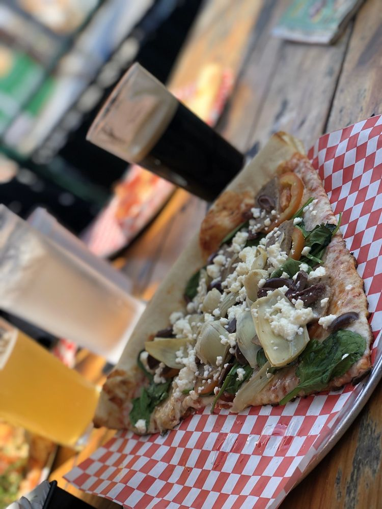 Food from 600 Degrees Pizzeria & Draft House