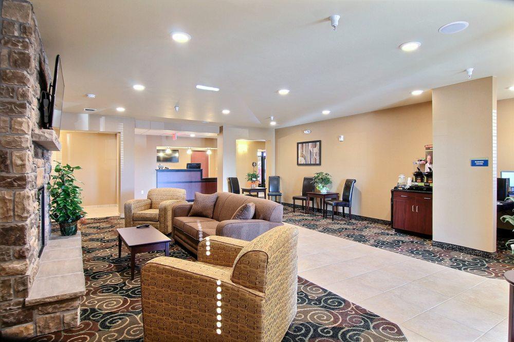 Cobblestone Hotel & Suites - Beulah: 1207 Hwy 49 N, Beulah, ND