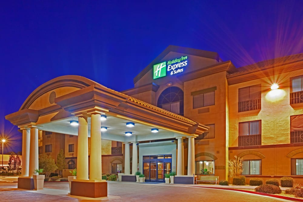 Holiday Inn Express & Suites Barstow-Outlet Center: 2700 Lenwood Rd, Barstow, CA