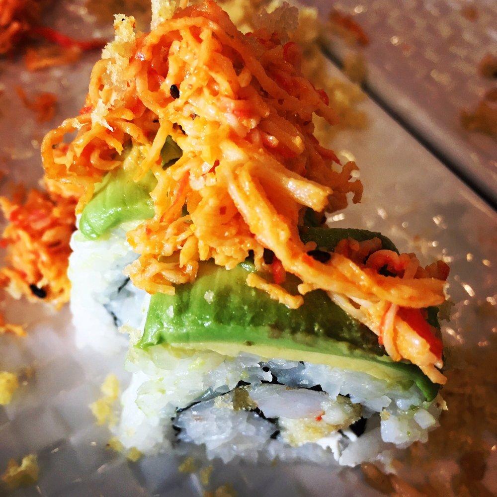 Lucky Sushi Bar: 1318 N Ed Carey, Harlingen, TX