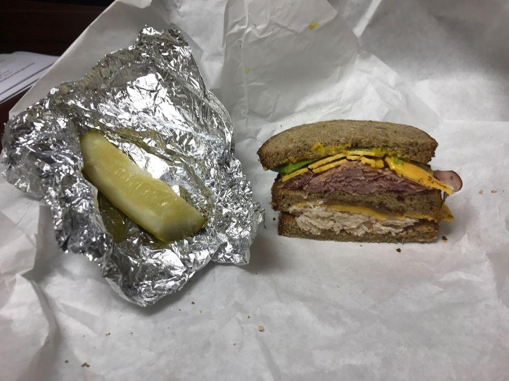 Derek's Sandwiches & Delicatessen: 1200 N Velasco St, Angleton, TX