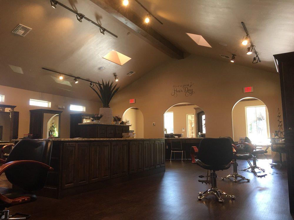 Salon at Fossil Creek: 6440 Spoonwood Ln, Fort Worth, TX