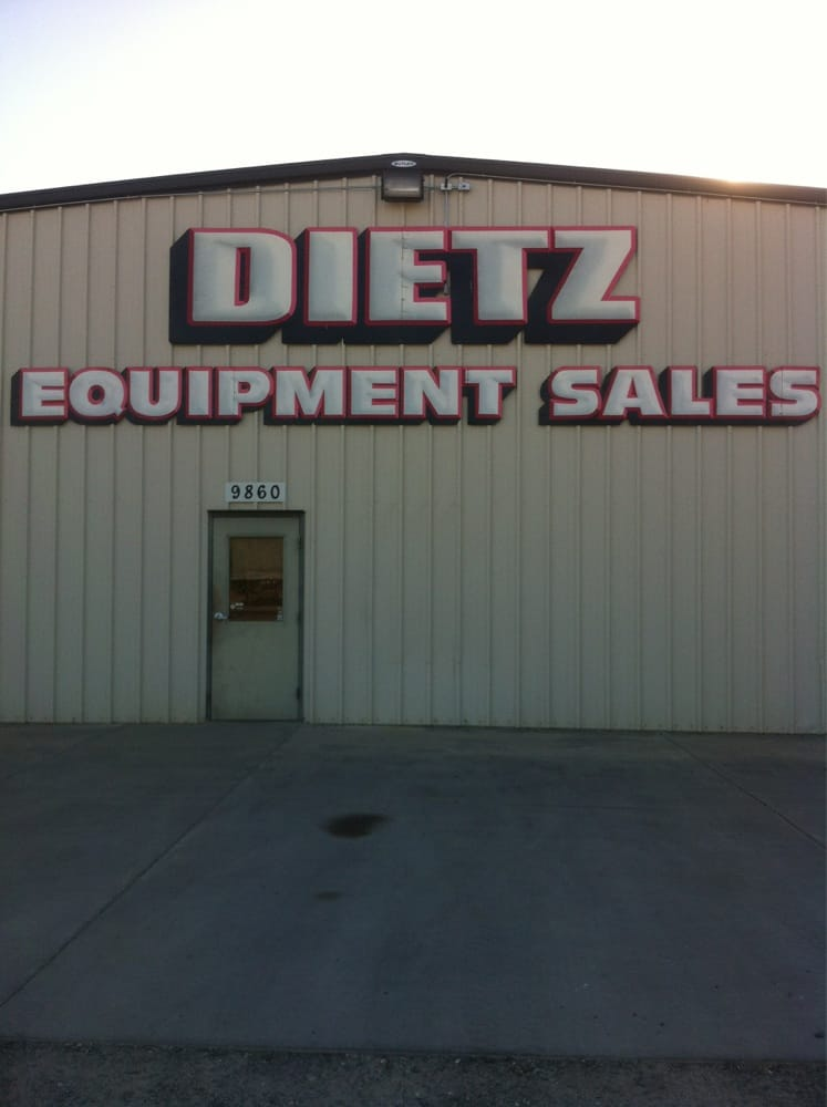 Dietz Equipment Sales: 9870 State Hwy 99 W, Proberta, CA