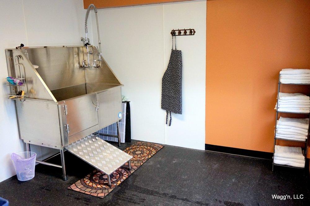 Wagg'n Indoor Dog Park: 7602 DeSmet Rd, Missoula, MT