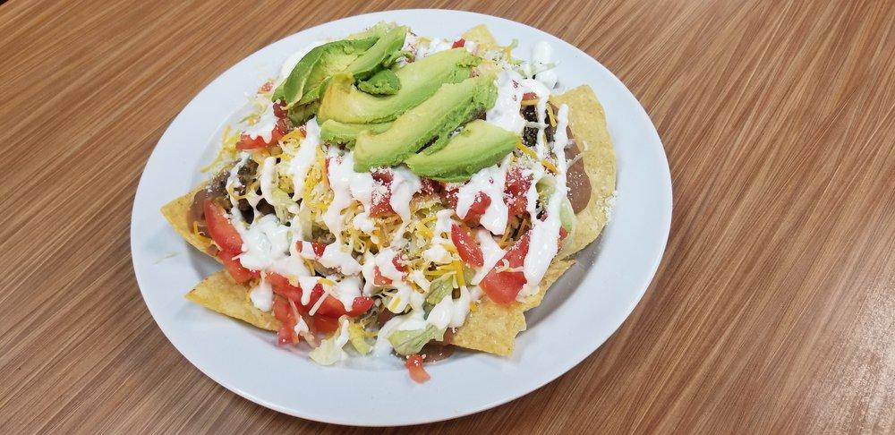Food from Birrieria El Sol de Jalisco
