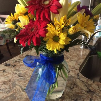 Photo of Ever-Bloom - Omaha, NE, United States. Lovely birthday flowers