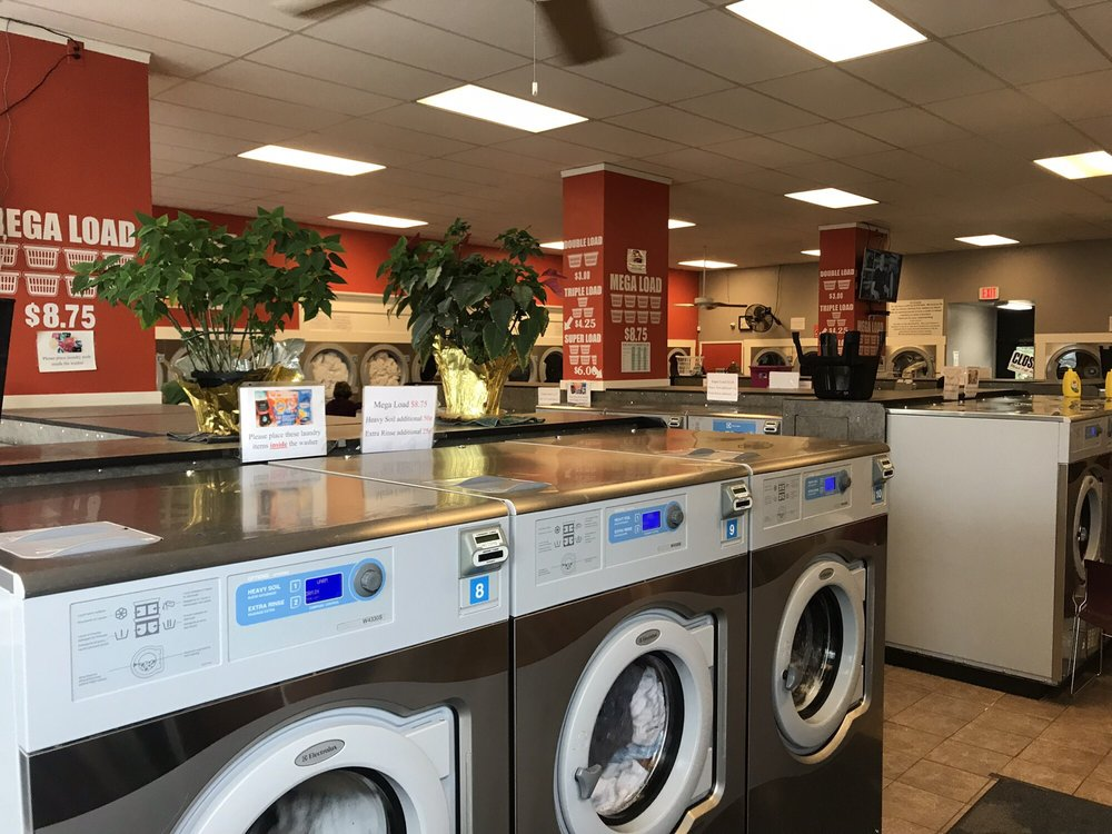 Renton Laundry: 257 Rainier Ave N, Renton, WA