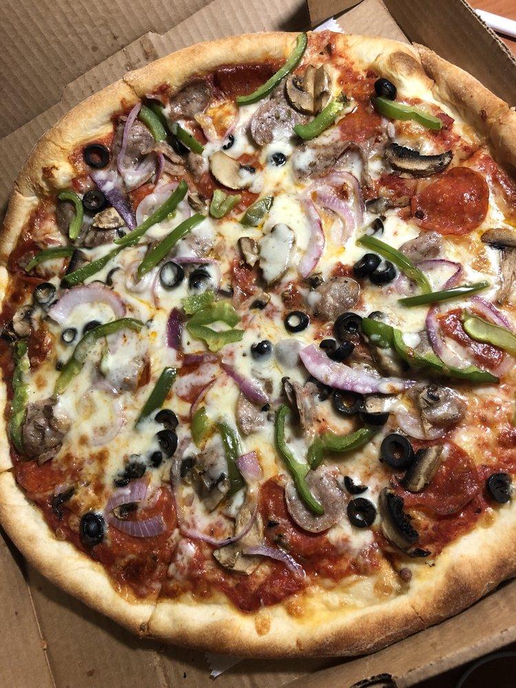Big Apple Pizza: 2311 S 35th St, Fort Pierce, FL