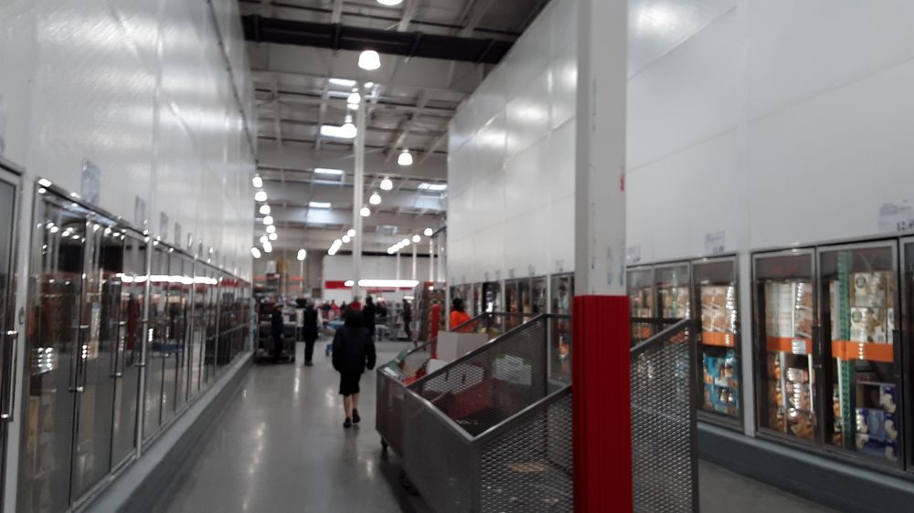 Costco Wholesale: 11330 Fountains Dr N, Maple Grove, MN