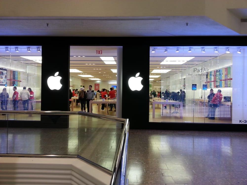 Oakley O Store Woodfield Mall | CINEMAS 93