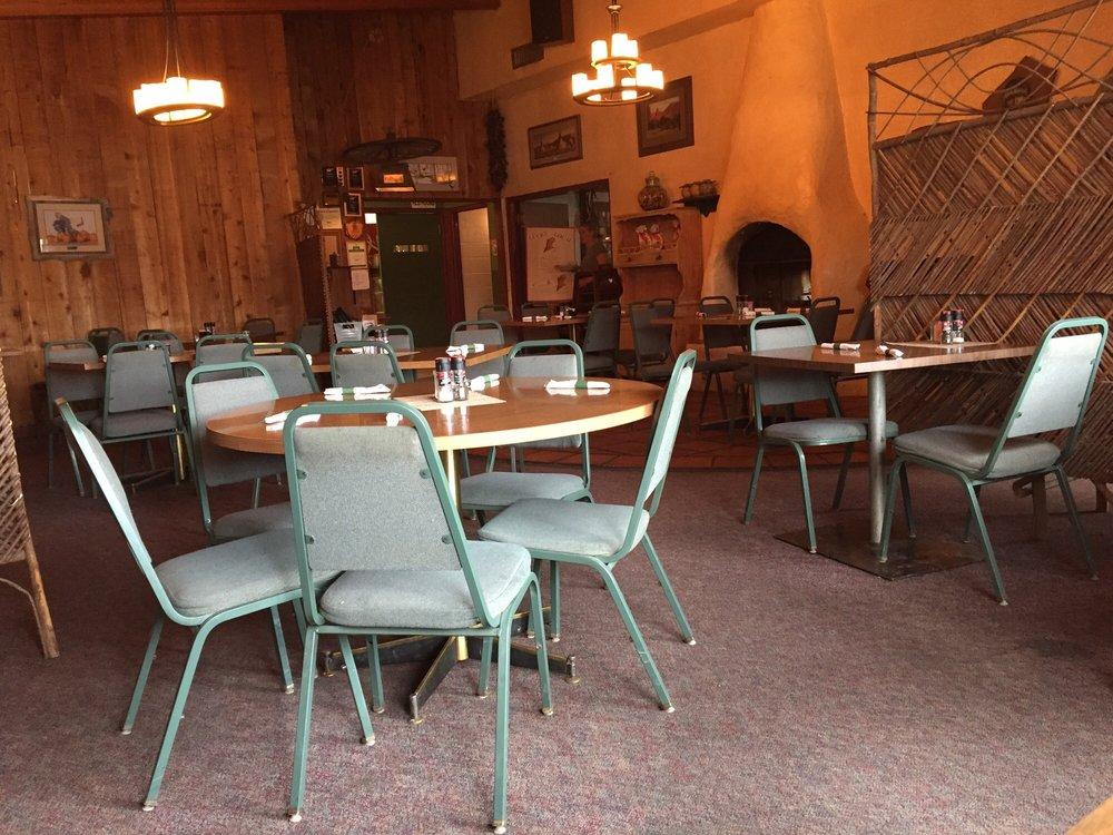 Lisa's Western Cuisine & Spirits: 200 Greybull Ave, Greybull, WY