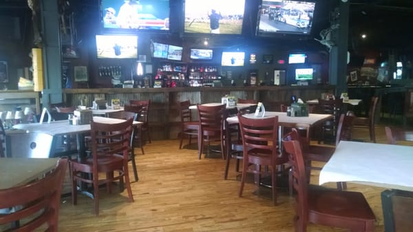 nobody s grille bbq 21 recensioner karaoke 2227 old fort pkwy murfreesboro tn usa. Black Bedroom Furniture Sets. Home Design Ideas