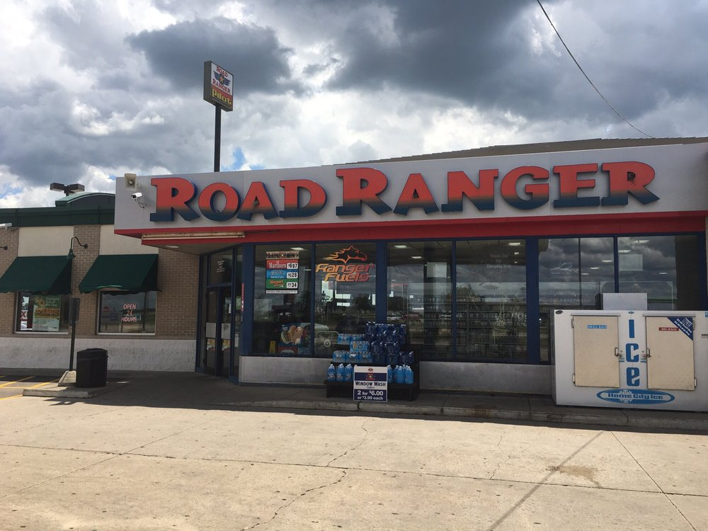 Road Ranger: 2705 E 12th St, Mendota, IL