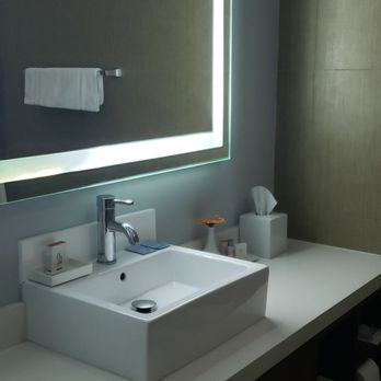 BLVD Hotel & Spa - 278 Photos & 295 Reviews - Hotels - 10730 Ventura