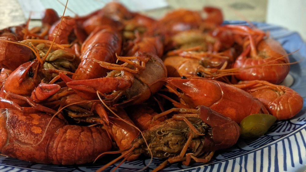Taranto's Crawfish: 12404 John Lee Rd, Biloxi, MS