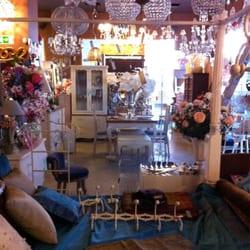 Katatori interiores tiendas de muebles calle alginet for Telefono registro bienes muebles madrid
