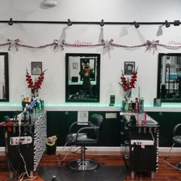 Celebrities salon hair salons 6504 4th st n gateway for 4th street salon