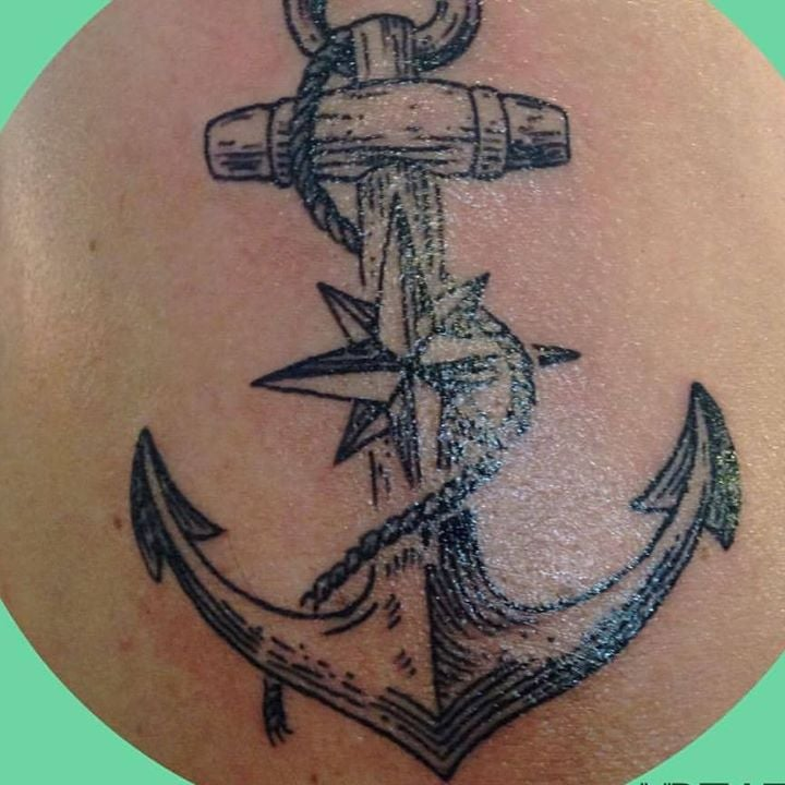 Ancla Con Rosa De Los Vientos En Vr Tattoo Yelp
