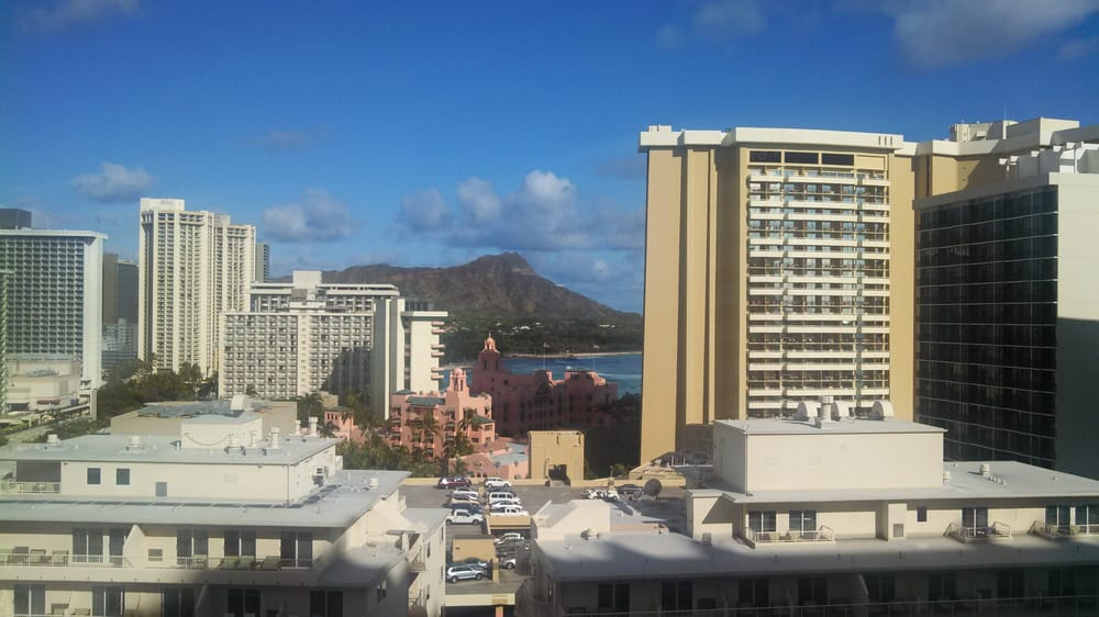 Restaurants Near Embassy Suites Waikiki