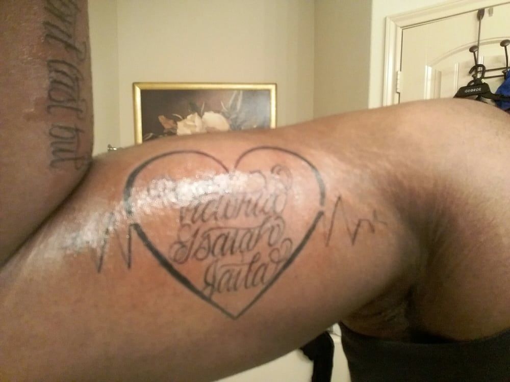 Tattoo shack 23 photos tattoo 1326 n dallas ave for Dallas tattoo removal clinic reviews
