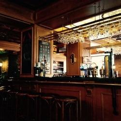 Old English Pub 36 Photos 15 Reviews Pubs Badat Cad