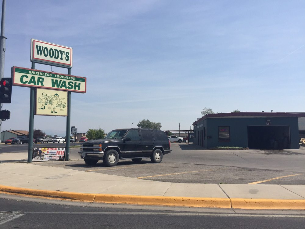 Woody's Car Wash: 1201 Cedar St, Helena, MT