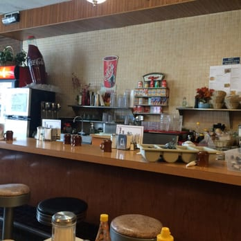 Photo Of Greenwood Restaurant Glenview Il United States Belly Up To The