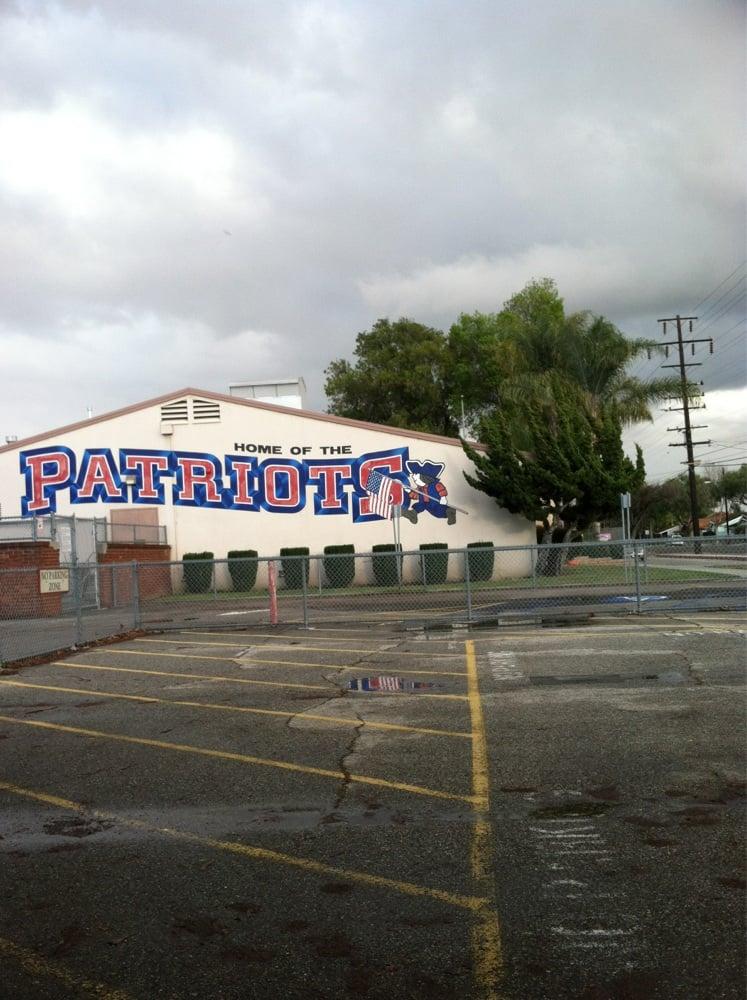 Carpenter C C Elementary School: 9439 Foster Rd, Downey, CA