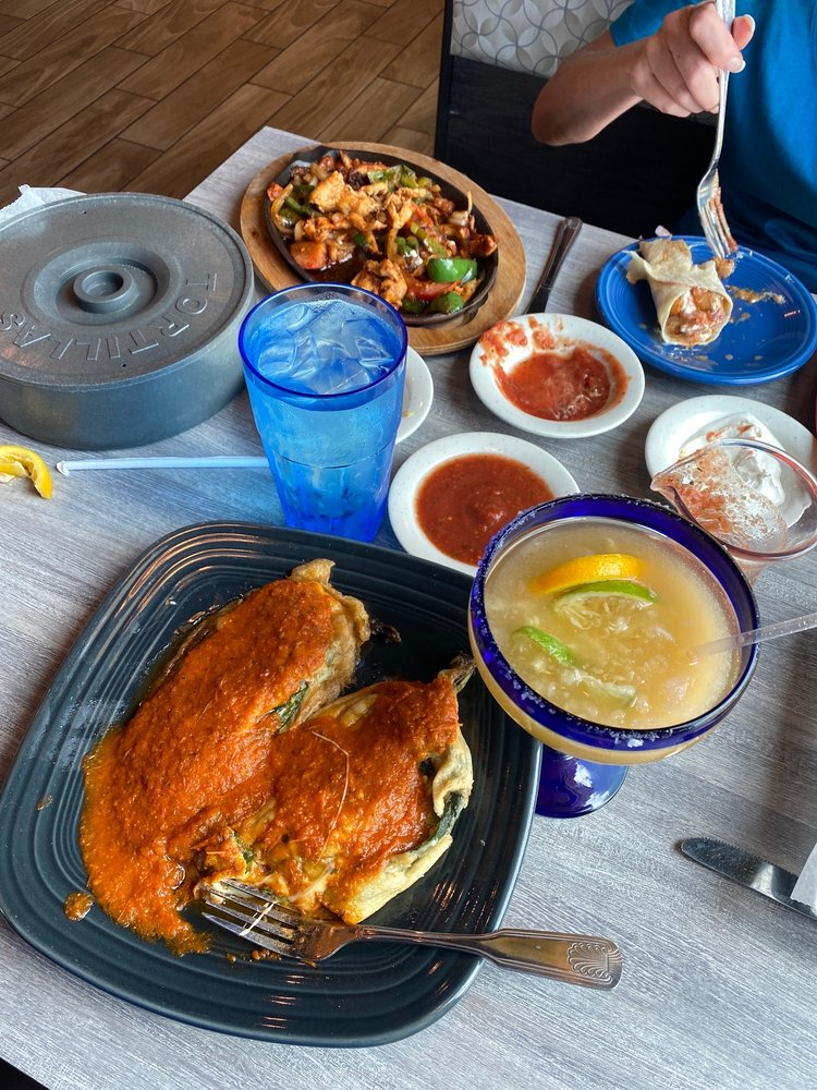 Uncle Paco's Mexican Grill: 8222 E 103rd St, Tulsa, OK