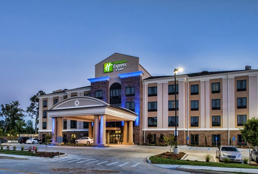 Holiday Inn Express & Suites Natchez South: 639 S Canal St, Natchez, MS
