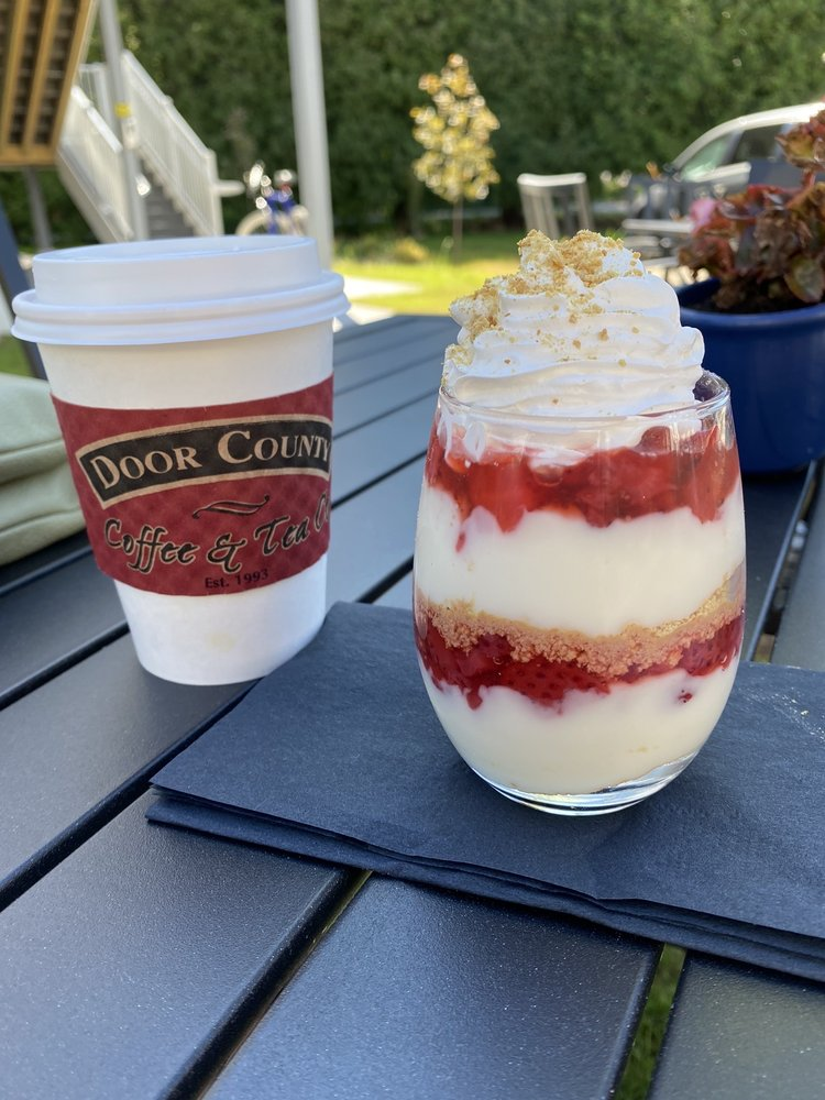 Goose & Twigs: 2322 Mill Rd, Sister Bay, WI