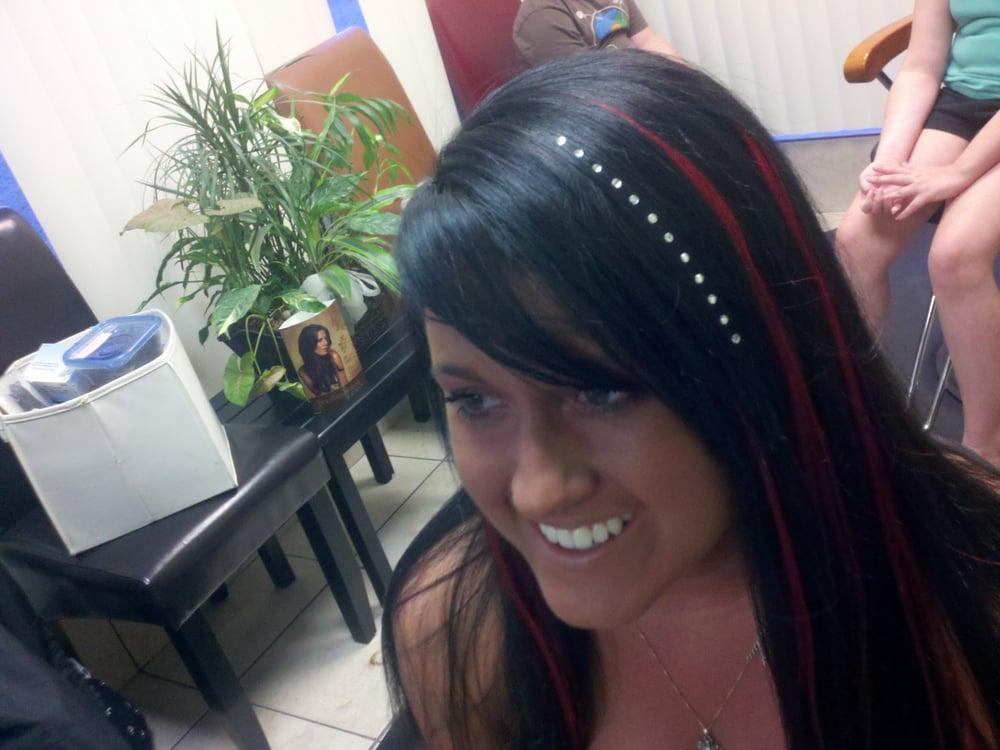 Divine Hair Studio: 4540 State Rt 982, Latrobe, PA