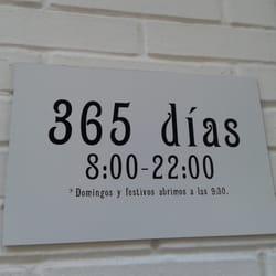 75b396c3ce1 Foto de Estanco Asunción - Sevilla, España. Horarios (Abren todos los días  del
