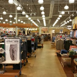 Duluth Trading Co 14 Photos 10 Reviews Men S Clothing 151 N