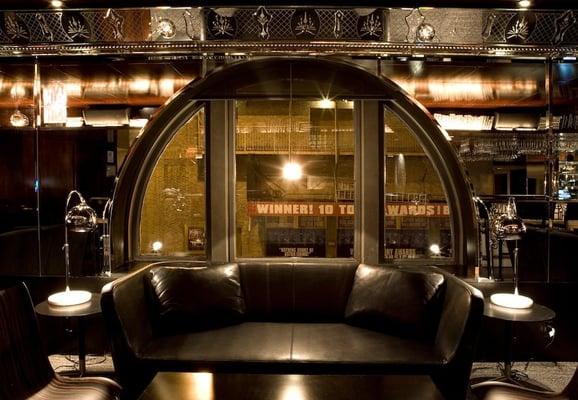 Mezzanine restaurant library bar geschlossen lounge 235 w 46th st theater district new - Mezzanine foto ...